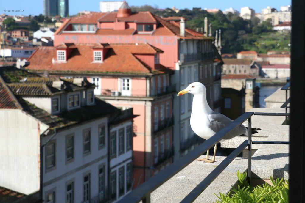 The House Ribeira Hotel